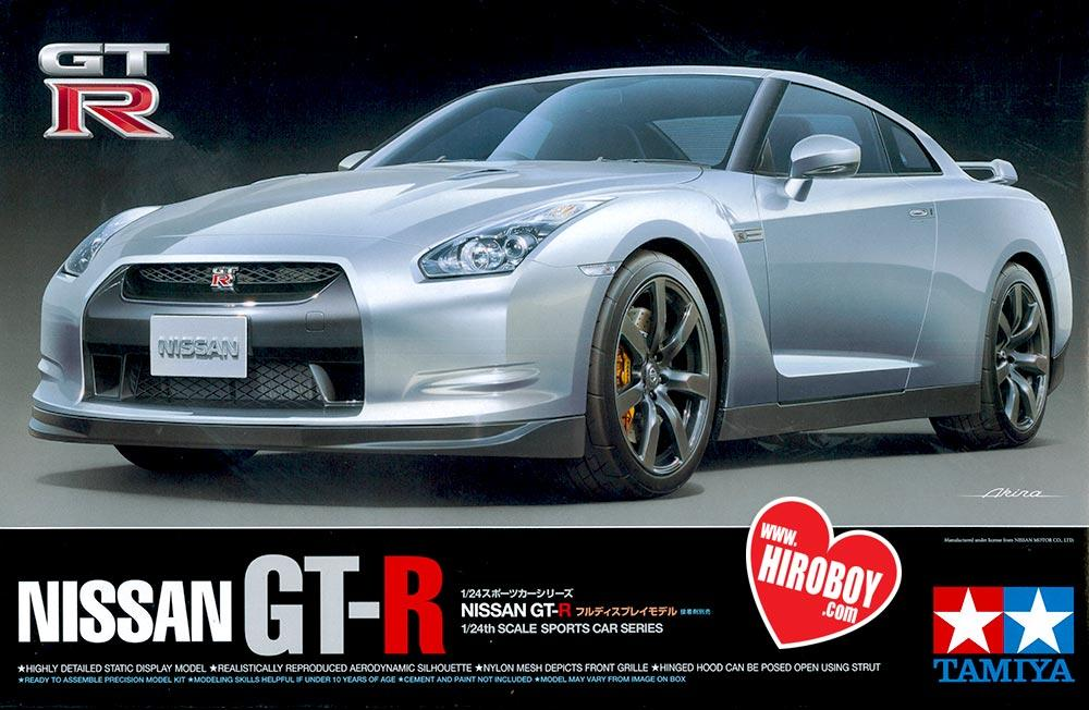 1:24 Nissan R35 GT R   24300