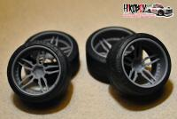 "1:24 18"" Wheels Dub Attack 5 with Tyres"
