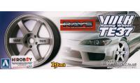 "1:24 Volk Racing TE37 19"" Wheels and Tyres (White)"