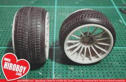 "1:24 19"" Stretch Wall Tyres"