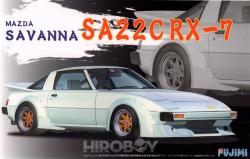 1:24 Mazda RX-7 SA22C (FB) Savanna - Model Kit