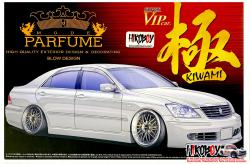 "1:24 Mode Parfume Toyota Crown ""Super VIP"" Kiwami  (GRS182) Model Kit"