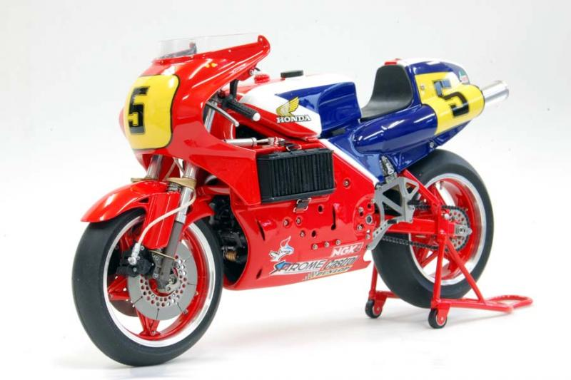 1:12 Honda NR500 Full Detail Multi-Media Model Kit