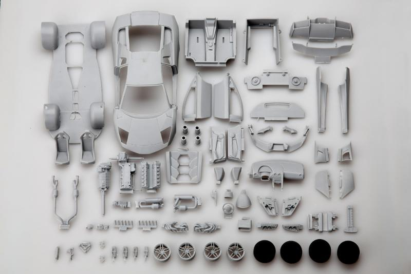 1:24 Lamborghini LP670-4 SV Super Detail Kit  (Resin+PE+Decals)
