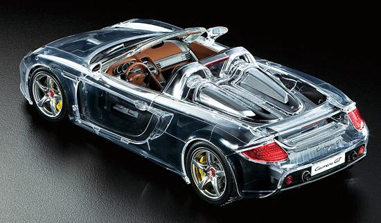 1:24 Porsche Carrera GT (Full-View Version) - 24330