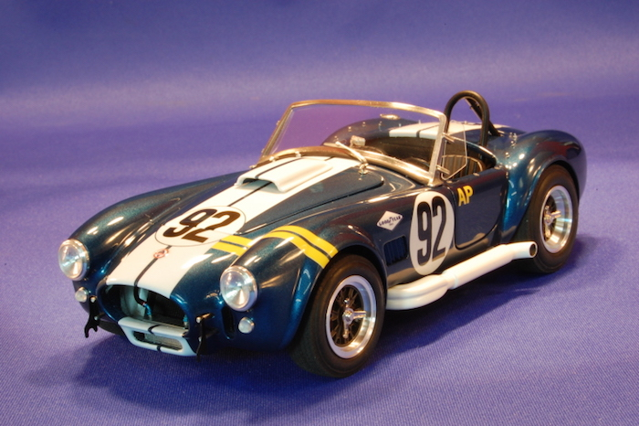 1 24 ac cobra 427 vera multi media model kit mfh k199 model factory hiro. Black Bedroom Furniture Sets. Home Design Ideas